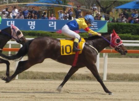 Overseas racer: Kim Hye Sun