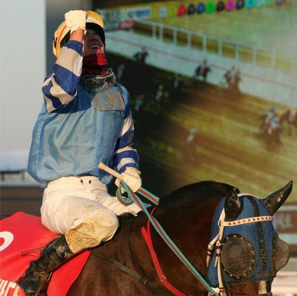 Joe Fujii after winning the Grand Prix on Gamdonguibada in 2012