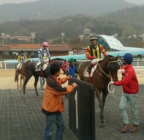 Indian Blue and Ikuyasu Kurakane return as winners of the Sports Donga