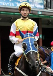 Nozomu Tomizawa in the Seoul paddock during his first stint in Korea (KRA)