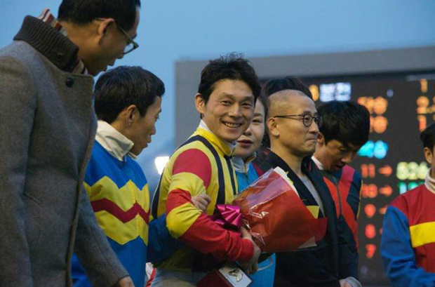 Ikuyasu is becoming accustomed to receiving prizes (Pic: Hiromi Kobayashi)